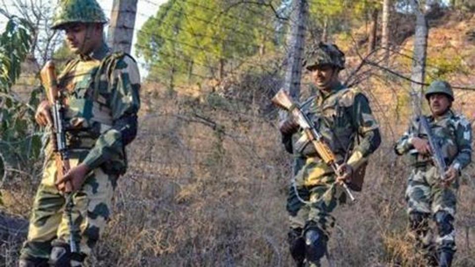 Pakistan violates Ceasefire resorting to heavy mortar shelling in Poonch