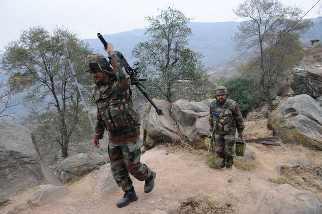 Pak violates ceasefire in Kathua, J&K
