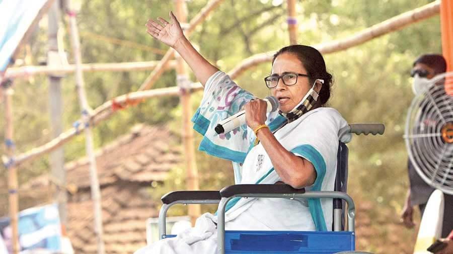 bengalpolls:ecbanscmmamatabanerjeefromcampaigningfor24hours