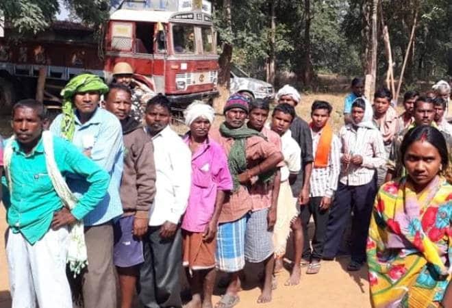 25 pc polling till noon in Gujarat