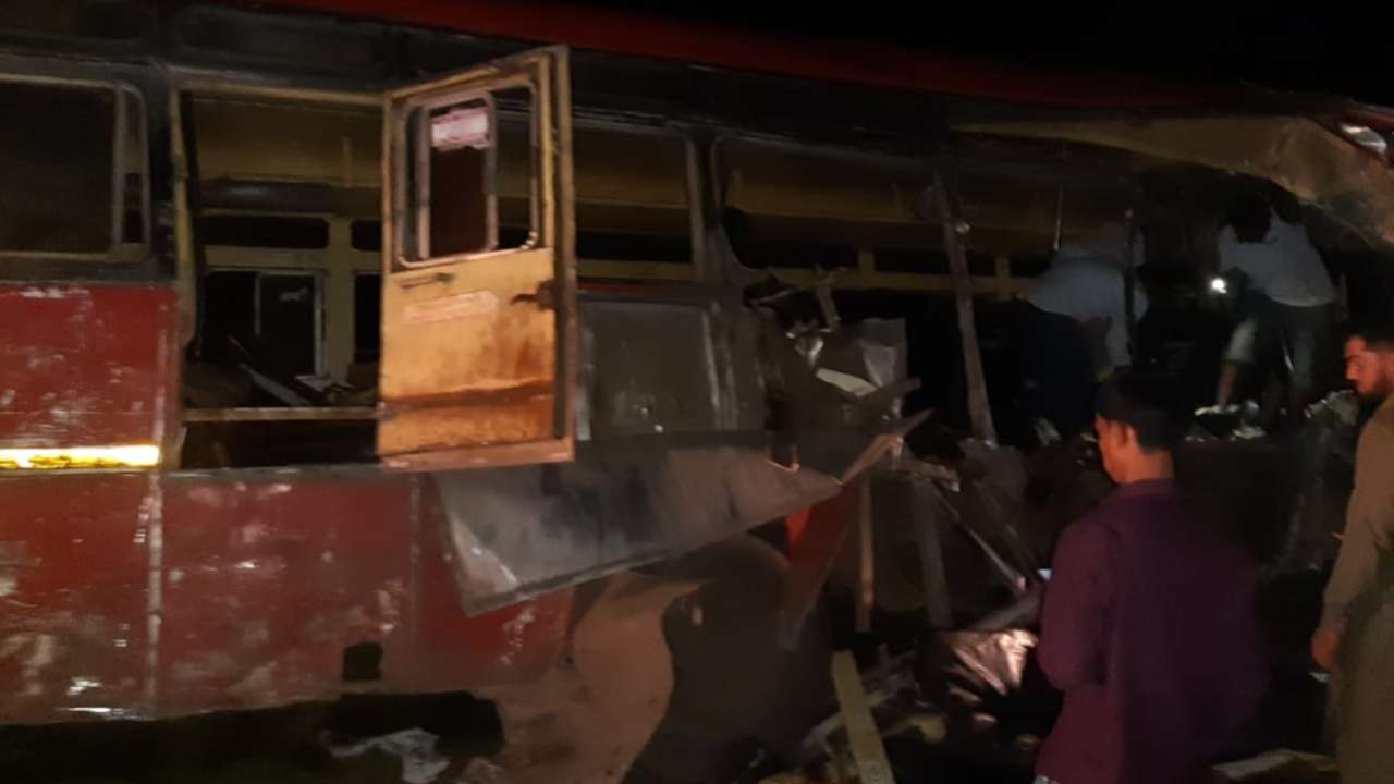 13 killed in truck-bus collision in Dhule, Maharashtra