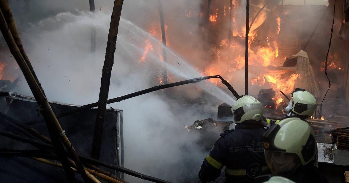 firebreaksoutinmumbaimarket