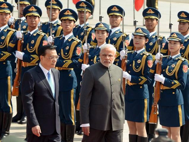 Li accords grand welcome to Modi in Beijing