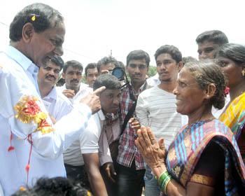 Every village will turn like a Gangadevipally: KCR