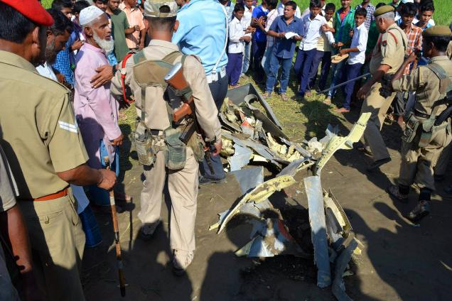Another Sukhoi-30 crashes, pilots safe