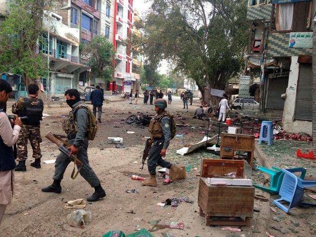 Suicide bombing kills 33 in Afghanistan
