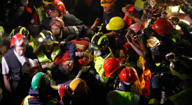 Woman pulled alive from rubbles after 128 hours in Nepal earthquake