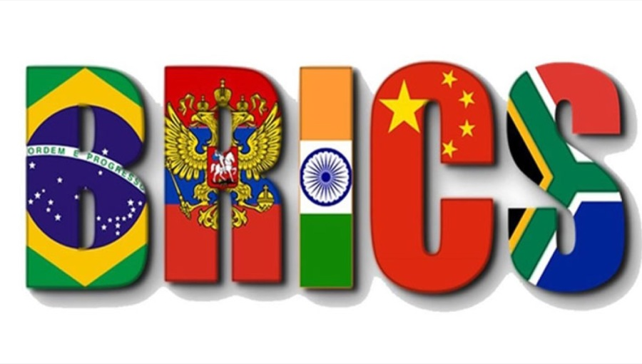 PM Modi attends informal BRICS meeting in Osaka
