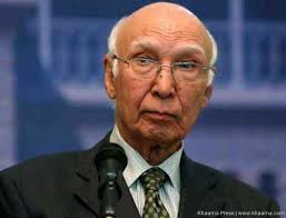 India advises Pakistan not to go ahead with Aziz, separatists meeting