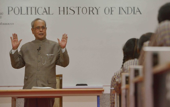 President Pranab Mukherjee to hold class for students on Teachers