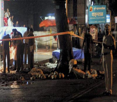 One killed, three injured in low intensity blast in Pune