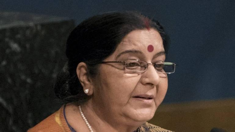 hindiweeklynewsbulletinfromunhasbegun:sushmaswaraj