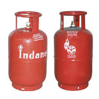 Non-subsidesed LPG price cut by Rs. 25.50