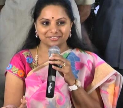 Andhra Pradesh and Telangana must come together politically : MP Kavita