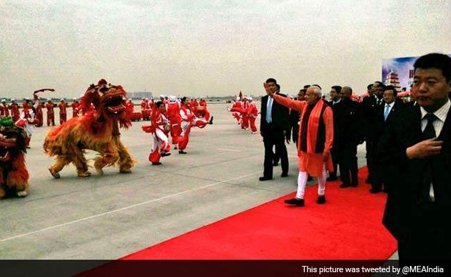 PM Modi arrives in China