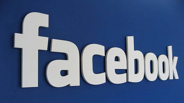 Facebook users crosses 142 million in India