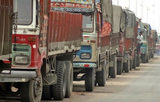 Trucks off roads, goods supply affected across country