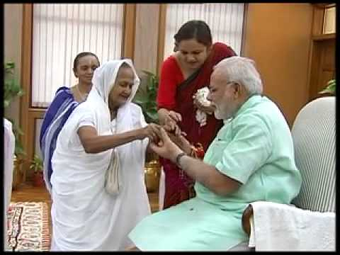 Manual scavengers to tie rakhi to Modi on Raksha Bandhan Day