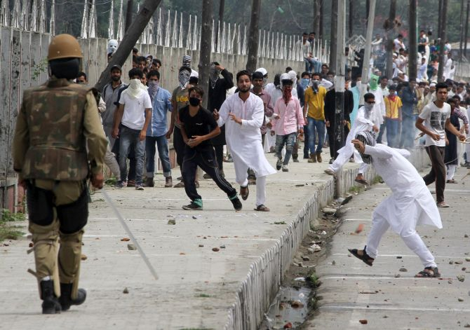 Kashmir violence toll climbs to 23