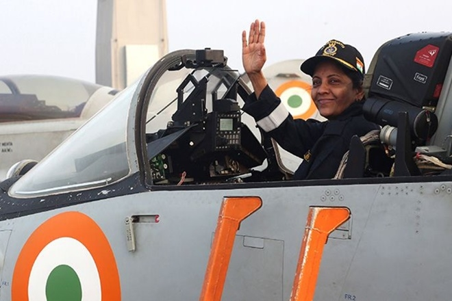 Woman defence minister on Sukhoi,breaks records