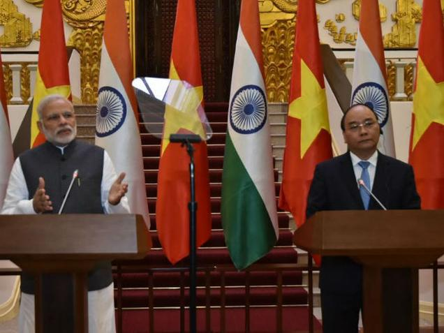 India, Vietnam sign 12 agreements