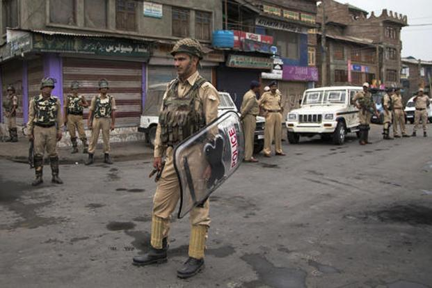 Curfew reimposed in 3 areas of Kashmir Valley