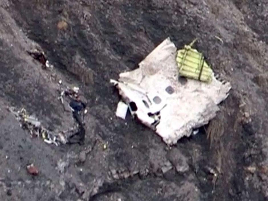 Pilot locked out of cockpit in Germanwings crash
