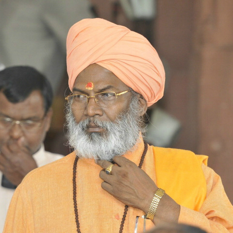 BJP serve show cause notice on Sakshi Maharaj