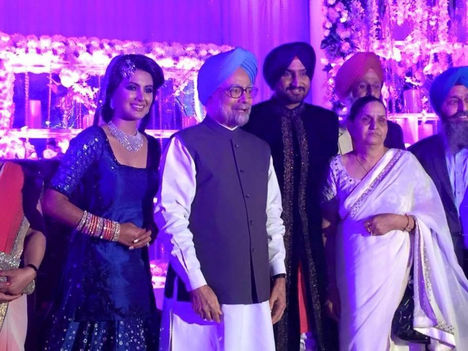 harbhajanhostshighprofileweddingreceptionatdelhi