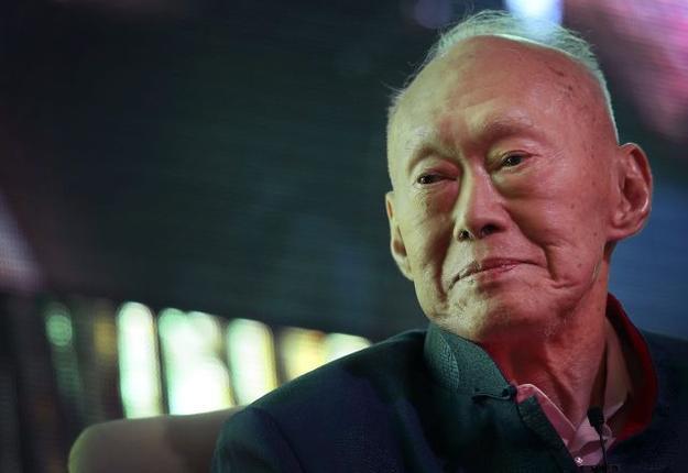 Singapore founding father Lee Kaun Yew dead