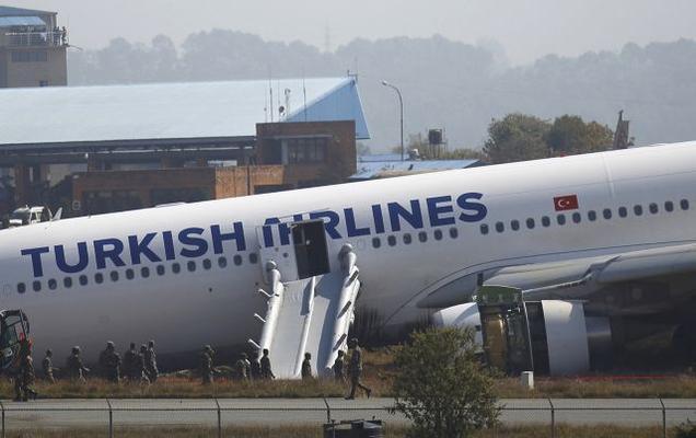 Turkish jetliner skids off runway