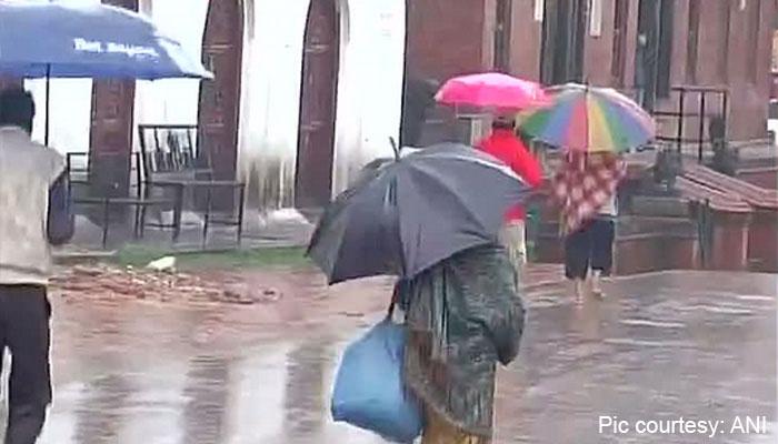 Rain hampers Nepal rescue teams