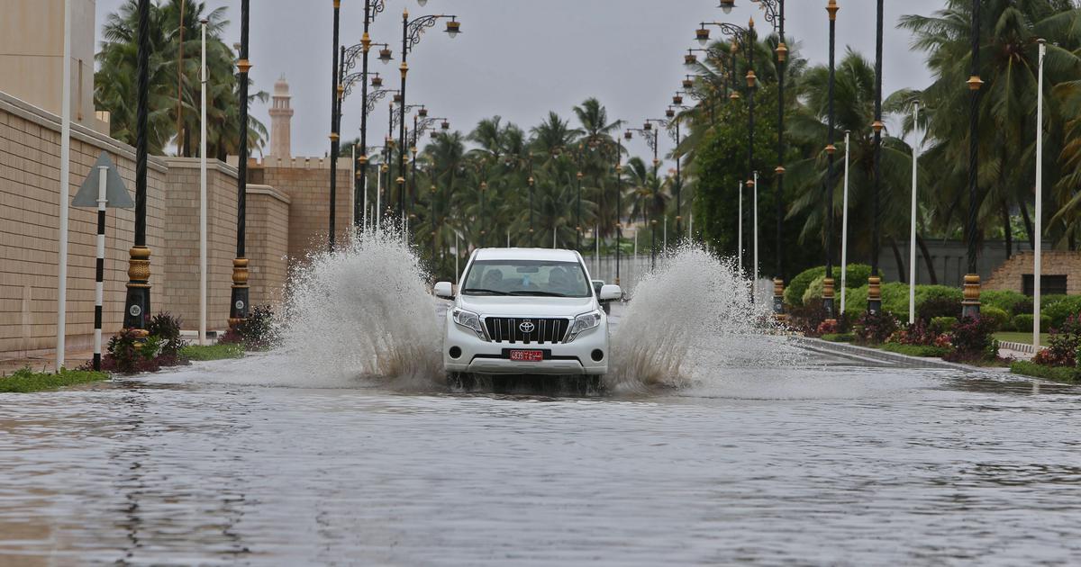 Cyclone Mekunu hits Oman