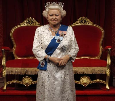 queenelizabethiinowworldsoldestmonarch