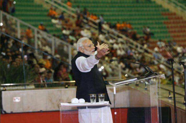 PM Modi addresses Indian diaspora in Muscat
