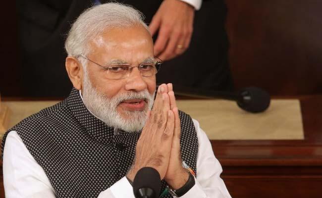 Modi woos investors at Oman-India business meeting
