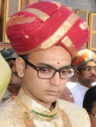 Yaduveer to be anointed 27th Wadiyar king today